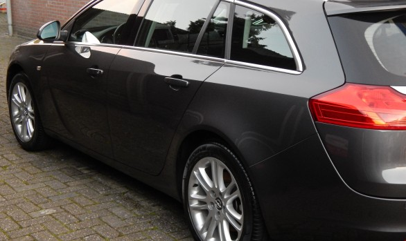 Opel Insignia Turbo detailed
